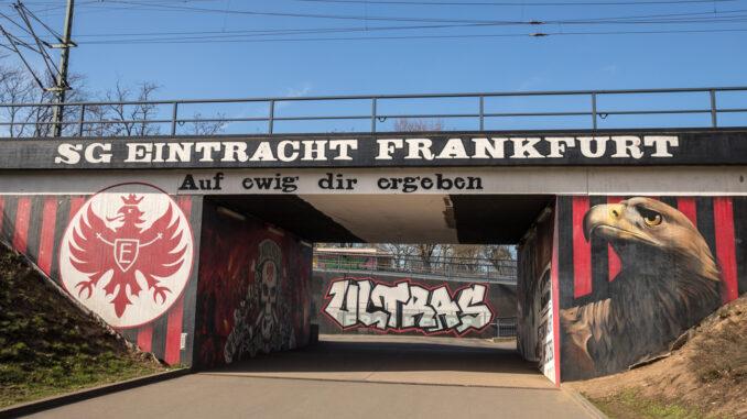 Eintracht Frankfurt gegen Bayern München im TV